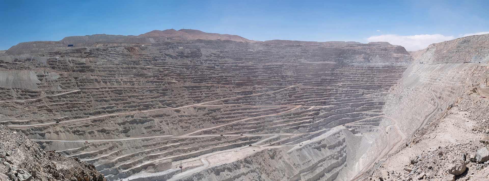 Morales & Besa asesoró a Arena Minerals Chile en la constitución de dos sociedades contractuales mineras con SQM