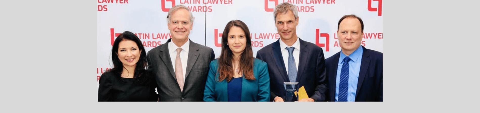 El proyecto Cerro Dominador ganó su categoría en la premiación de Deal of the Year de Latin Lawyer