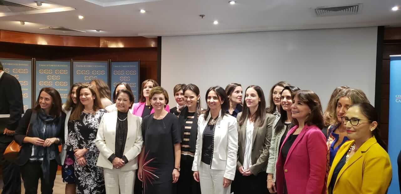 Macarena Laso juró como nueva árbitro del Centro de Arbitraje y Mediación de la Cámara de Comercio de Santiago